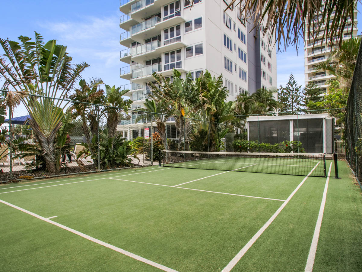 Whale watching Gold Coast holiday apartment