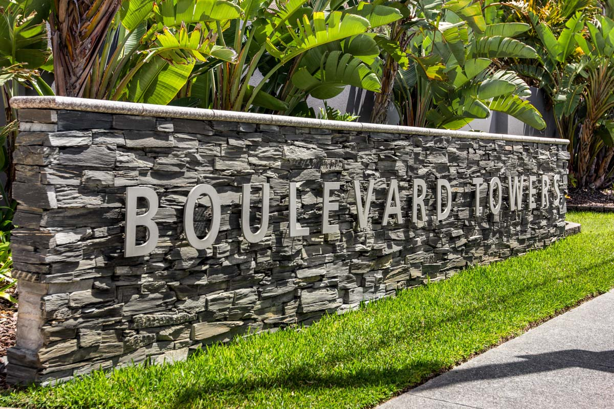 Boulevard Towers Broadbeach Accommodation entry sign