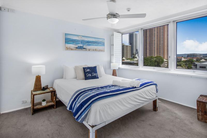 2 Bedroom Deluxe Apartment Main Bedroom